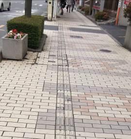 150701_蕨駅前歩道改修前